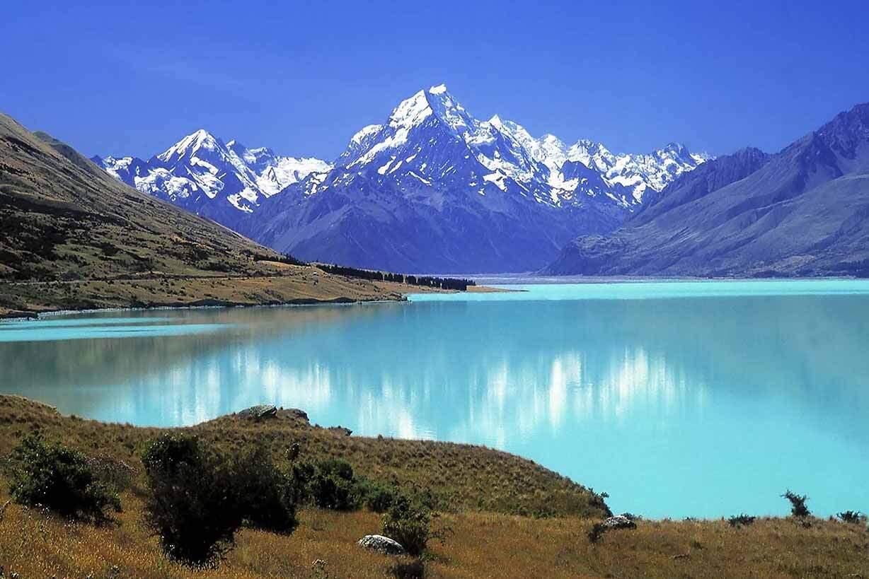 Magnesium badvlokken komen uit het himalaya gebergte in Tibet